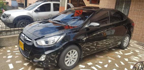 Hyundai I25 Accent Gl 1,6