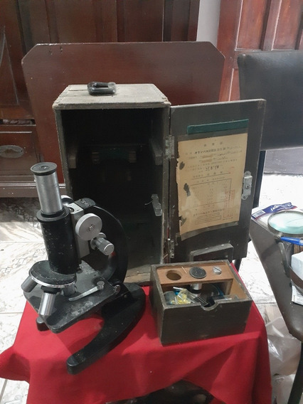 Microscópio Japonês Antigo