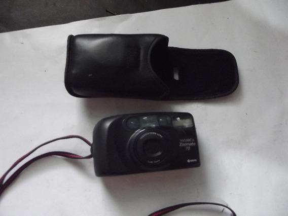 Câmera Yashica Fotos Linda (leia A Descrição) 1908 B