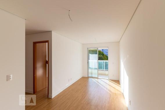 Apartamento No 3º Andar Com 2 Dormitórios E 1 Garagem - Id: 892971163 - 271163