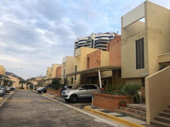 Town House Altos De Guataparo 20-6650 Kp