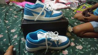 Jordan 1 Azul Con Balnco