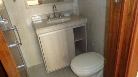 Casa Assobradada Com 3 Dorms No Bonfiglioli - Cód Fl53