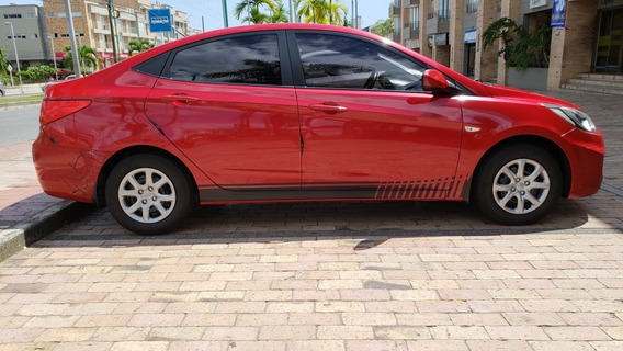 Hyundai I25 Sedan 1600