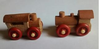 2 Mini Trens De Madeira (4 Cm) Kinder Ovo