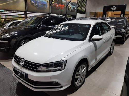 Volkswagen Jetta 2.0 Tsi Highline 211cv Gasolina 4p