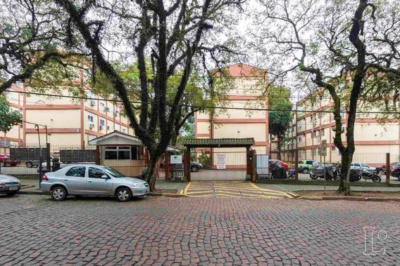 Apartamento Em Camaquã Com 1 Dormitório - Lu265796