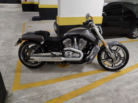 Harley-davidson V-rod - Baixa Km (6.000km)