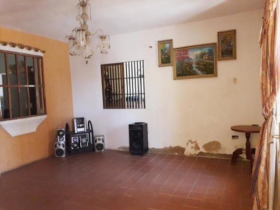 Casa En Venta Centro De Coro Cod-19-17508 04246254310
