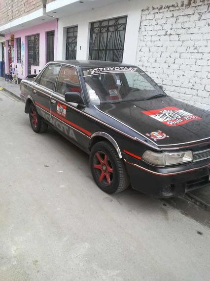 Toyota Camry (negociable)