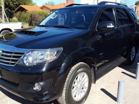 Toyota Hilux Sw4 3.0 D4-d Tdi Srv Cuero Aut L/12 2014