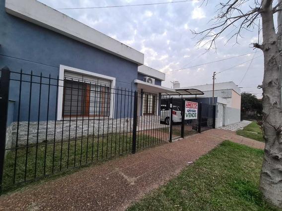 Casa 3 Ambientes Barrio Parque Bernal Apta Credito Al Dia