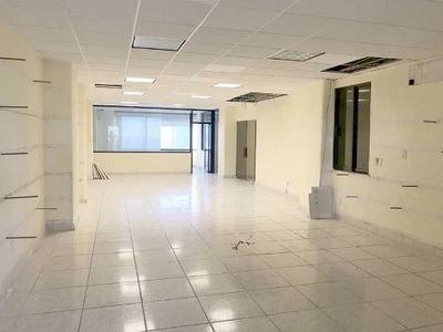 Oficina Comercial En Venta Fracc Club Deportivo