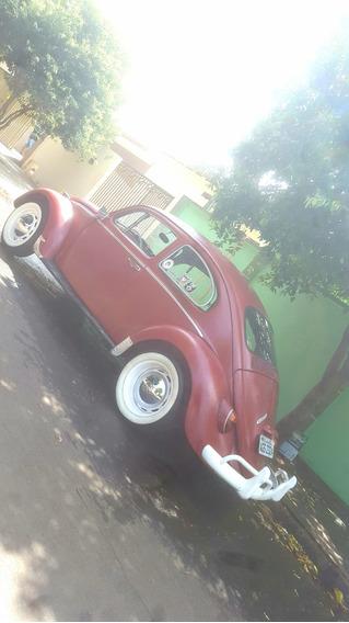 Fusca Ano 1967, Motor 1300, Cor Vermelho.