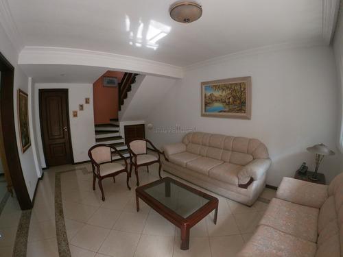 Sobrado Em Condomínio Com 3 Dormitórios À Venda Com 210.72m² Por R$ 1.000.000,00 No Bairro Água Verde - Curitiba / Pr - So00149