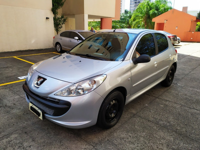 Peugeot 207 1.4 Xr 8v Flex 4p Manual Ano 2011