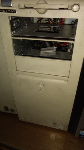 Imagen 1 de 1 de Computadora Dell Optiplex Gx110 Pentium 3 Retro Vintage Serv