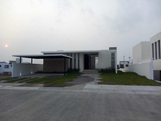Casa De 3 Recamaras, Punta Tiburon, Trato Directo ! .