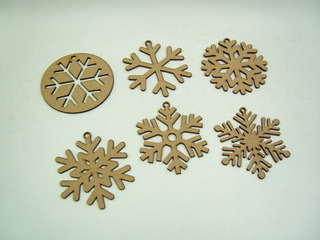 Copos De Nieve Decorativos Mdf Para Árbol Navideño 25 Piezas