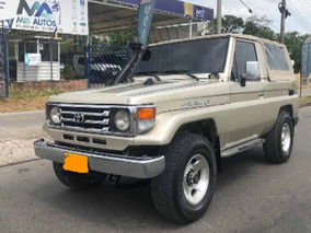 Toyota Land Cruiser Anfibia