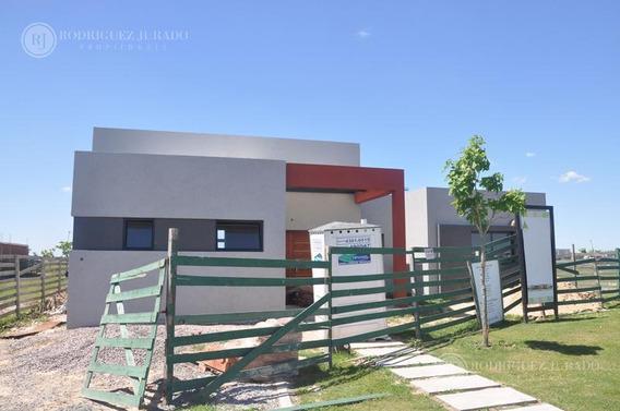 Casa A Estrenar Con Pileta De Natación Ceibos - Puertos Del Lago