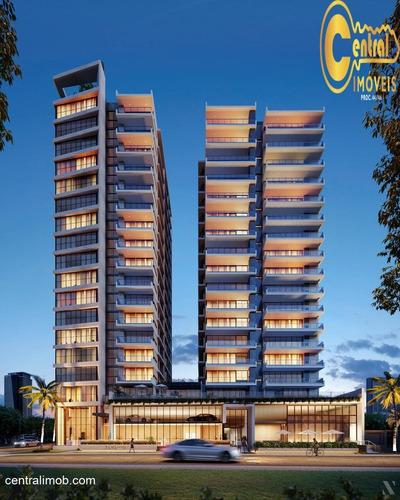 Apartamento  Com 4 Dormitório(s) Localizado(a) No Bairro Centro Em Balneário Piçarras / Balneário Piçarras  - 600