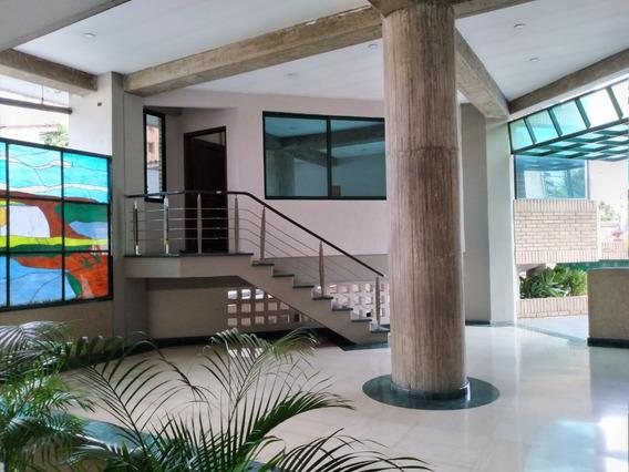Vendo Lujosa Oficina En Zona Norte De Maracay 04145887434