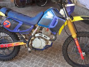 Xr200 Pra Trilha, Moto Forte E Confiante