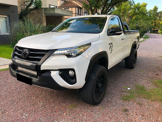 Toyota Hilux Cabina Simple 2.8 At 4x4