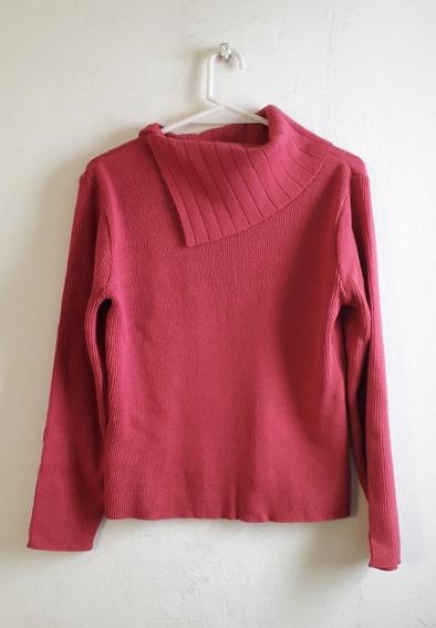Polera O Sweater Fucsia Con Cuello Volcado