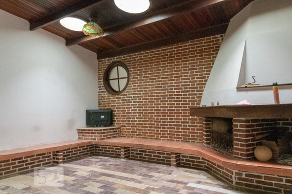 Casa Para Aluguel - Planalto, 3 Quartos, 300 - 893030434