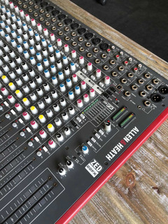 Mixer Allen & Heath Zed 22fx