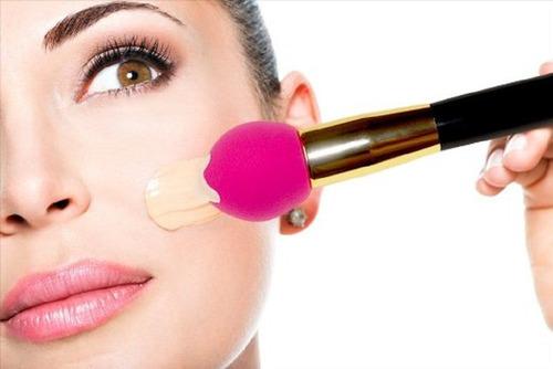 Imagen 1 de 6 de Pincel De Maquillaje Dos En Uno