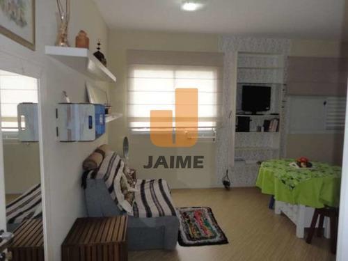 Studio, 28 Metros, Bem Conservado, 1 Vaga, Na Santa Cecília.  - Bi4555