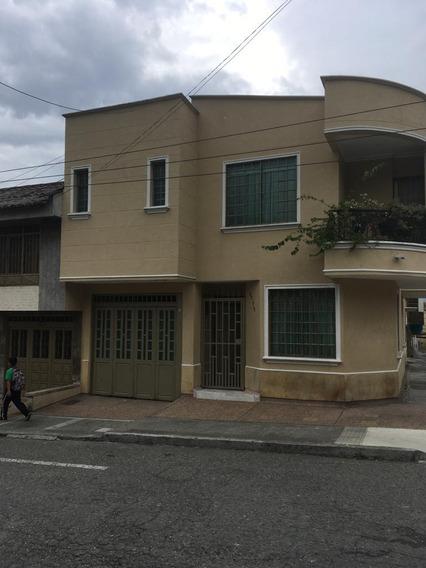 Casa 260 M2 4 Habitaciones Calarcá Quindío