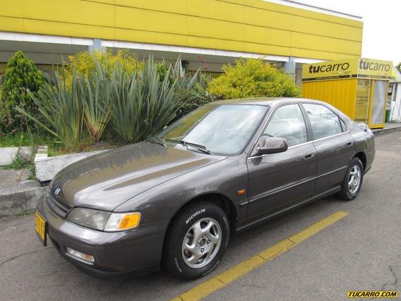 Honda Accord Ex 2.2 Automático Sedán
