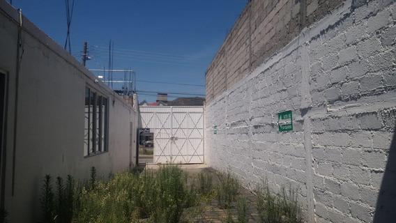 Bodega Con Oficinas En Renta Frente A Plaza Universidad
