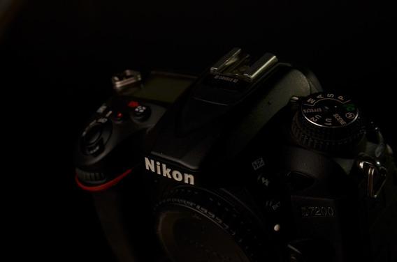 Nikon D7200 - Solo Body