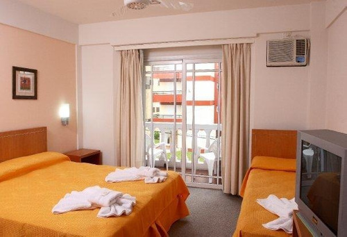 Imagen 1 de 14 de Hotel 3* En Venta - Villa Gesell, Centro - Ar-ba18-4
