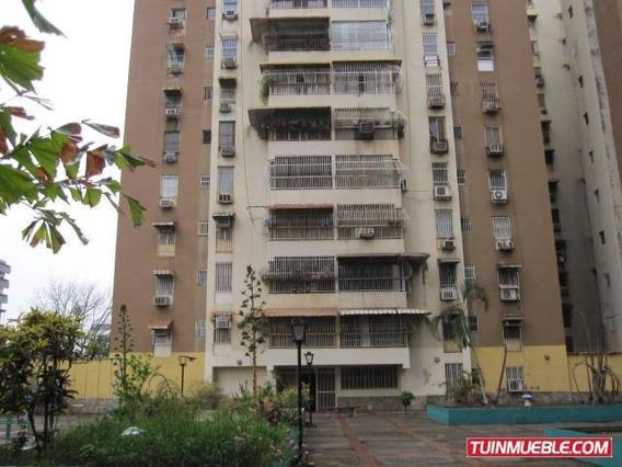 Apartamento En Venta En El Centro De Maracay Nb 19-9324