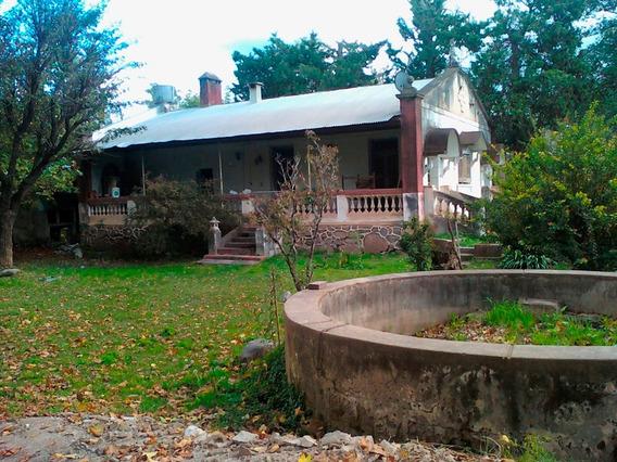 Urgente! Dueño Vende Casa Antigua Con Gran Patio En Unquillo