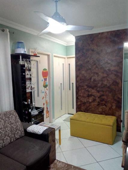 Ap Com 2 Quartos, Sala, Cozinha 1 Banheiro E Lavanderia