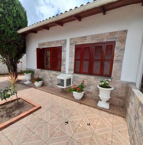 Casa Com 3 Dormitórios À Venda, 381 M² Por R$ 800.000,00 - Camaquã - Porto Alegre/rs - Ca0990