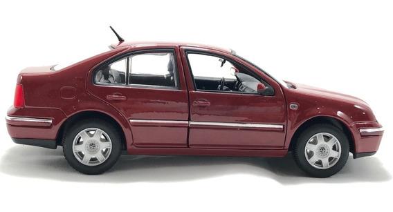 Volkswagen Jetta A4 2001 Negro Y Plata Welly 1:24