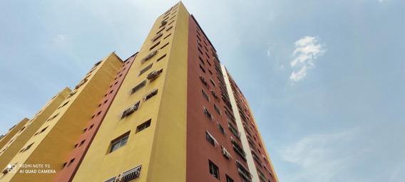 Apartamento Venta Oeste Barquisimeto 20-18016 As