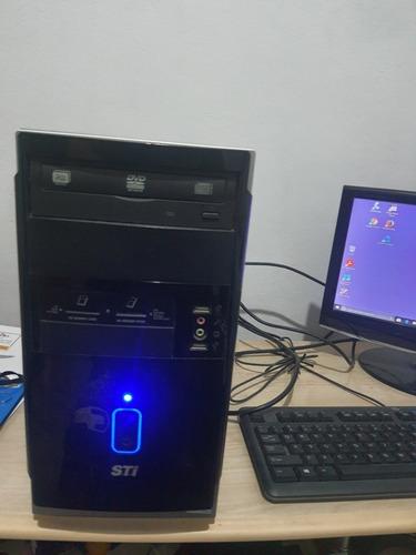 Imagem 1 de 10 de Computador Sempre Toshiba,model:es-1682 G-4472