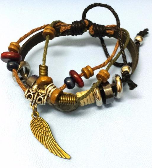 Bracelete Em Couro E Cordão Com Berloques E Uma Asa De Anjo
