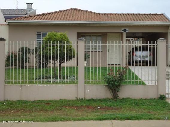 Casa Para Venda Em Ponta Grossa, Oficinas, 3 Dormitórios, 1 Suíte, 2 Banheiros, 4 Vagas - 024