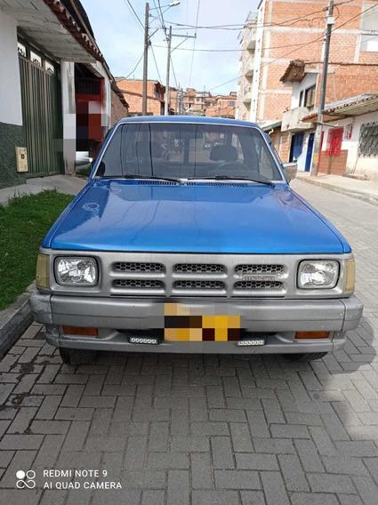 Mazda B2200 Platon
