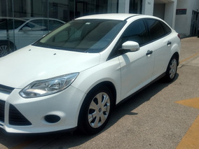 Ford Focus Ambienta Ta Impecable 2014